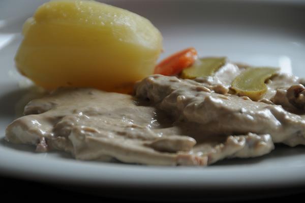 Kalveskiver med tunfisksaus – 'Vitello tonnato'