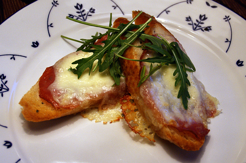 Italian cheese sandwich