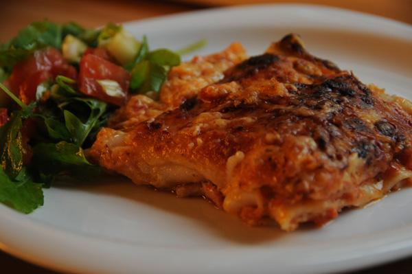 Lasagne med skinke og tomat