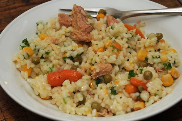 Ris med tunfisk