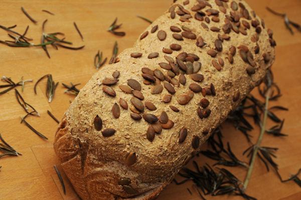 Mellomgrovt brød